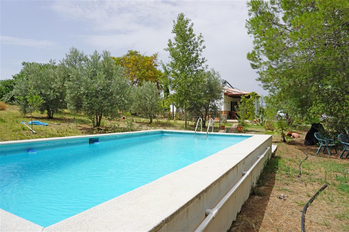 Lovely 3 bedroom, 2 bathroom finca very close to Villafranco de Guadalhorce. The property has a plot,Spain