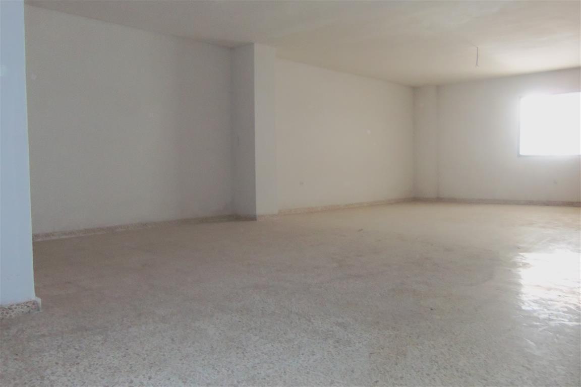 R2733164: Commercial for sale in Alhaurín el Grande