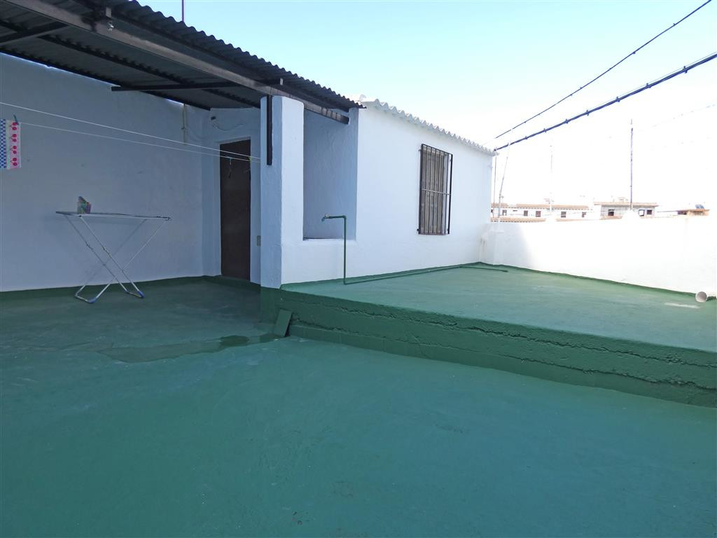 Townhouse in Alhaurín el Grande R3277966