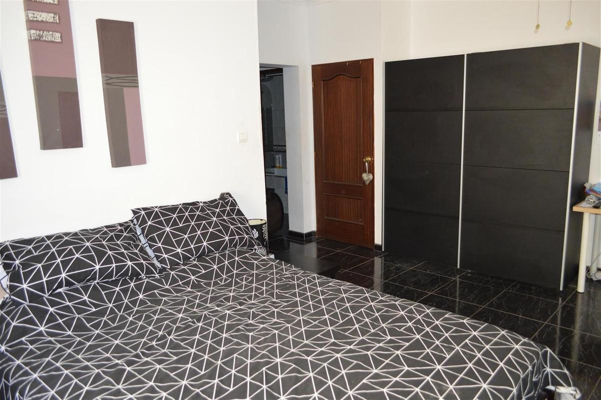 House in Alora R187841 22