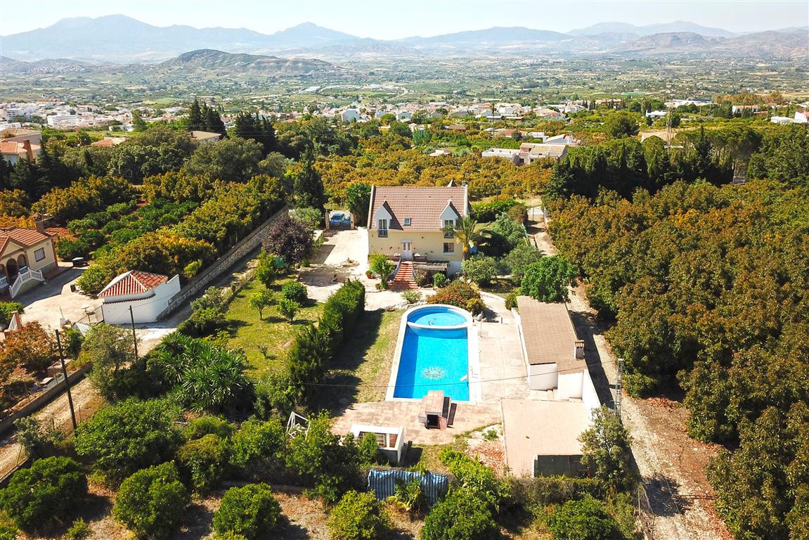 6 Bedroom Villa for sale Alhaurín el Grande