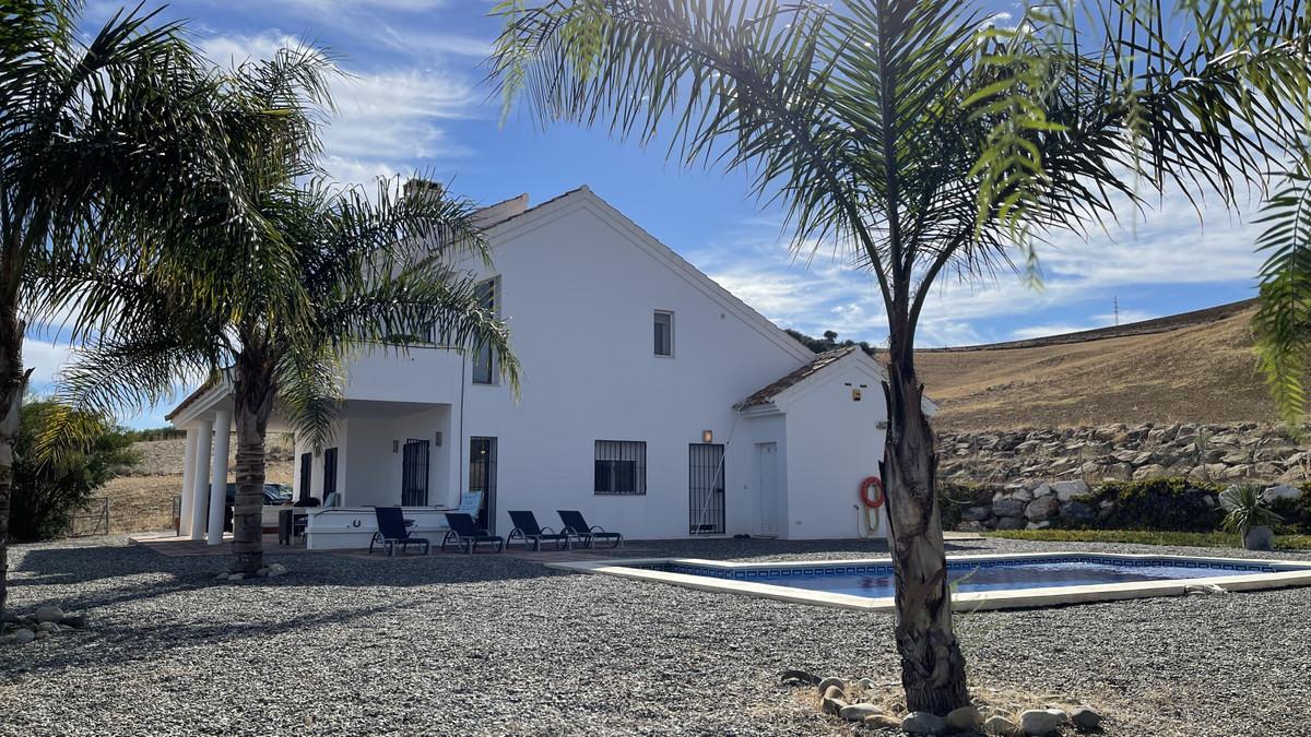 Finca - Cortijo for sale in Alora R2768462