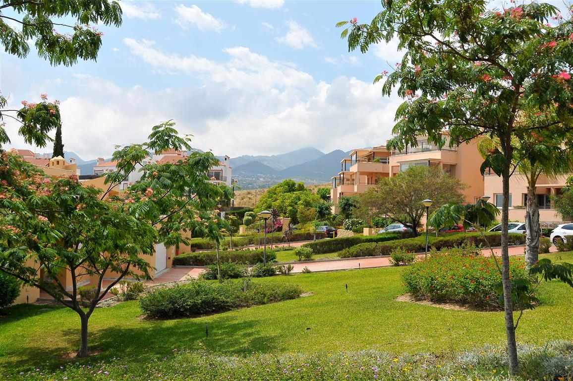 Lejlighed in Alhaurín de la Torre R3332860 11