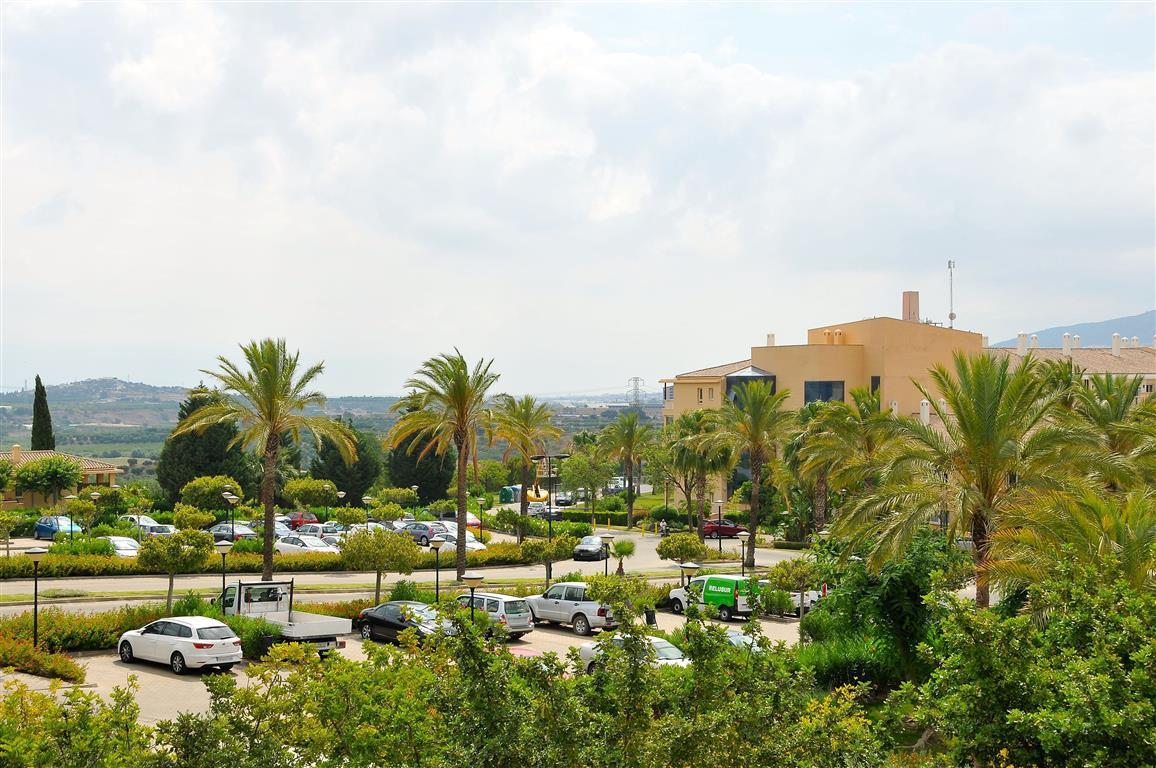 Lejlighed in Alhaurín de la Torre R3332860 12