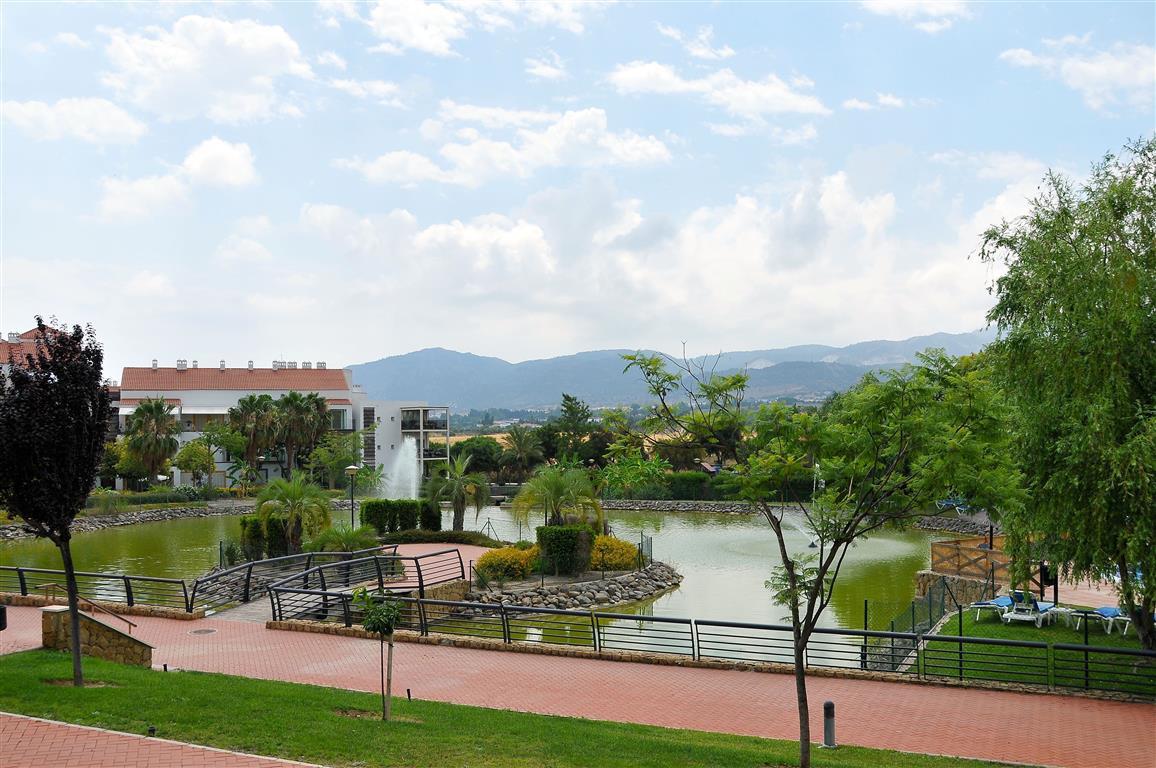 Lejlighed in Alhaurín de la Torre R3332860 13