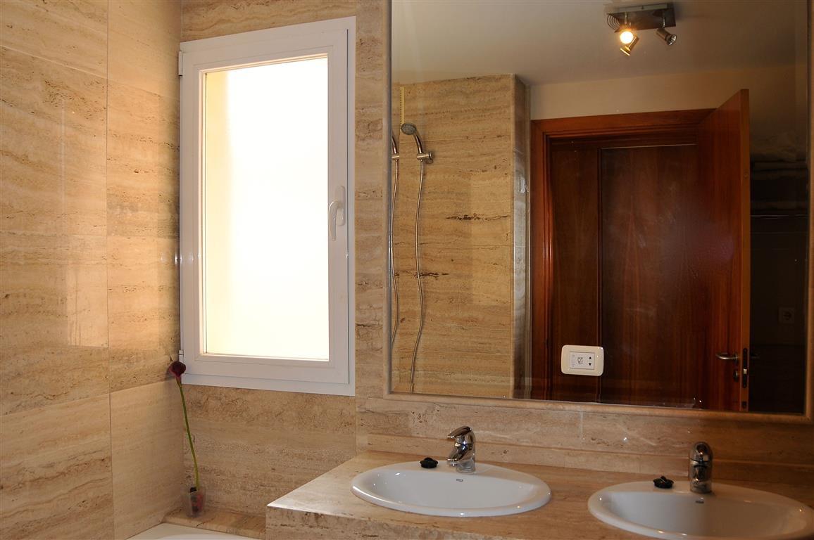 Lejlighed in Alhaurín de la Torre R3332860 6