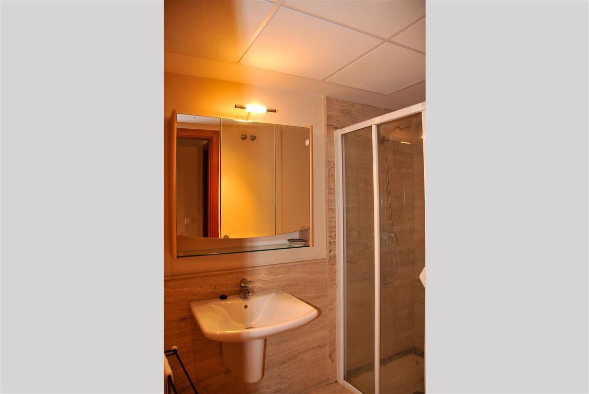 Lejlighed in Alhaurín de la Torre R3332860 8