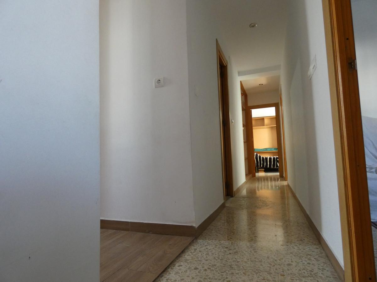 3 Bedrooms - 1.5 Bathrooms