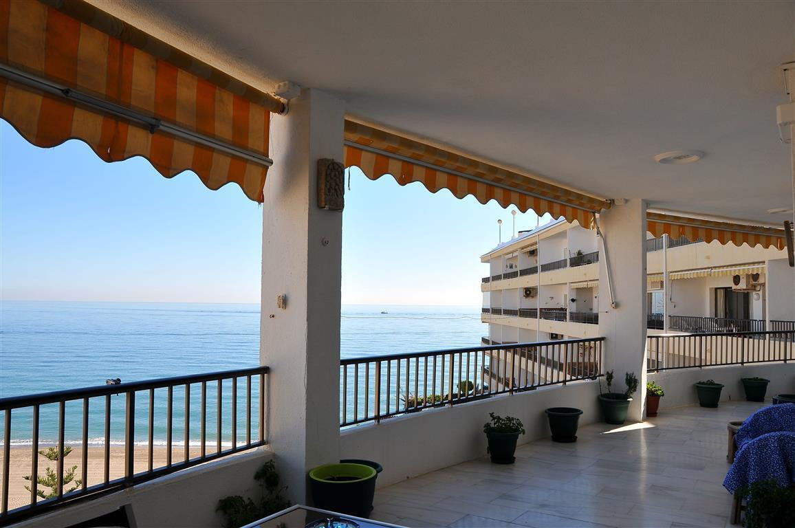 Appartement  Mi-étage en vente   à Torremolinos