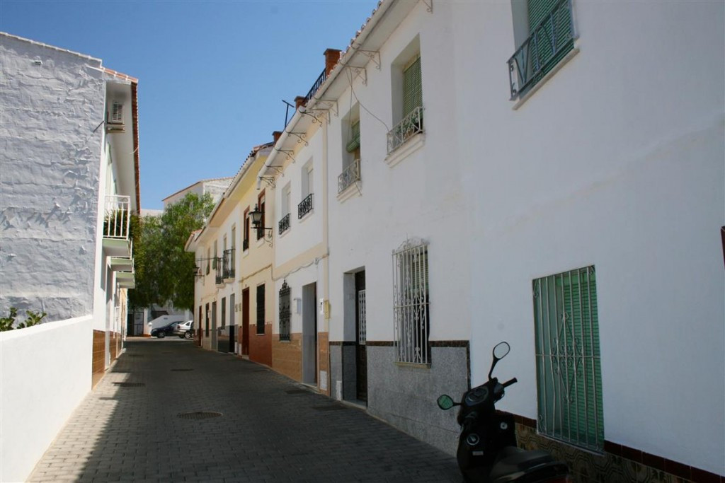 House in Alhaurín el Grande R78069 8