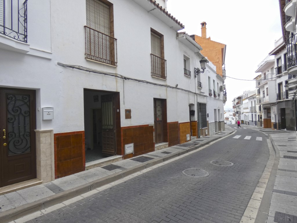 Townhouse in Alhaurín el Grande R3301282