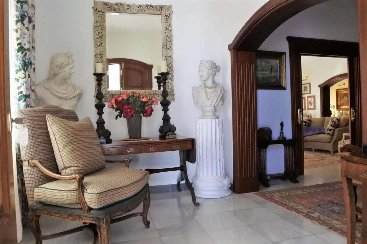 Villa con 4 Dormitorios en Venta Alhaurín el Grande