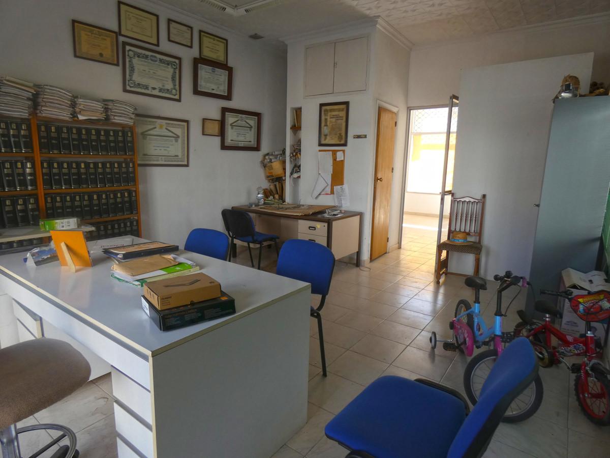 Commercieel te koop in Alhaurín el Grande R3442414
