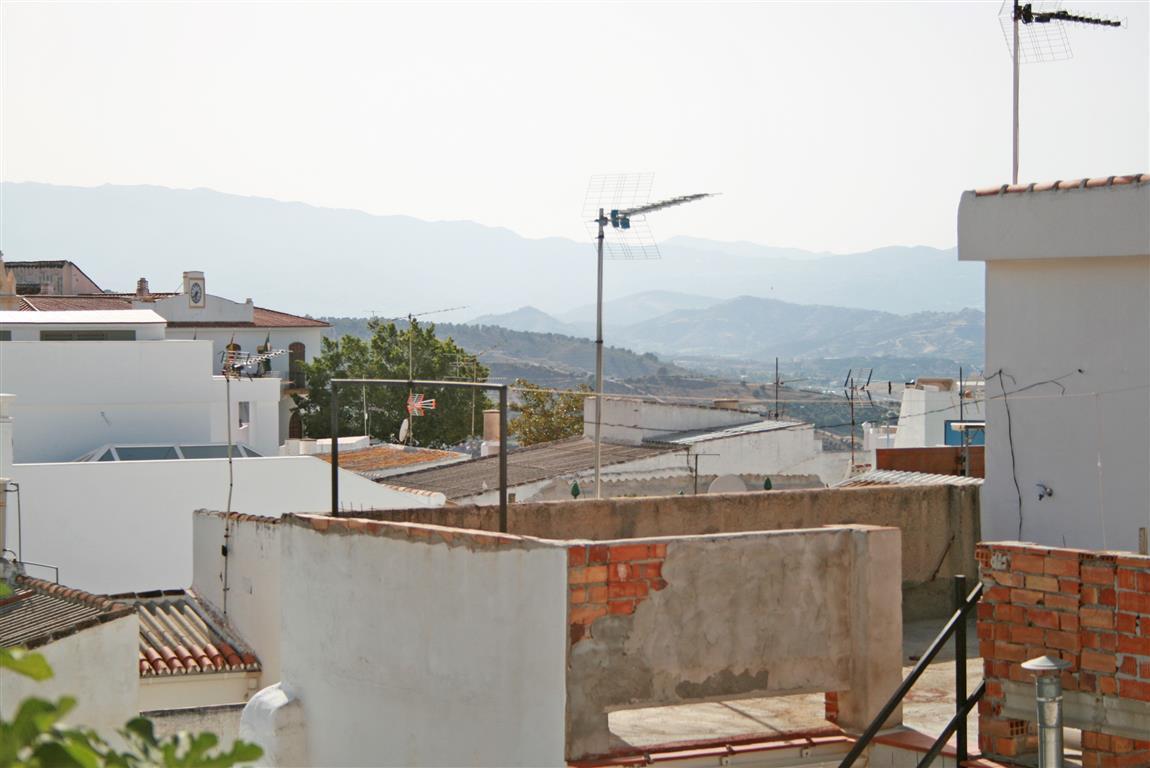 Rijhuis te koop in Alhaurín el Grande R2701622