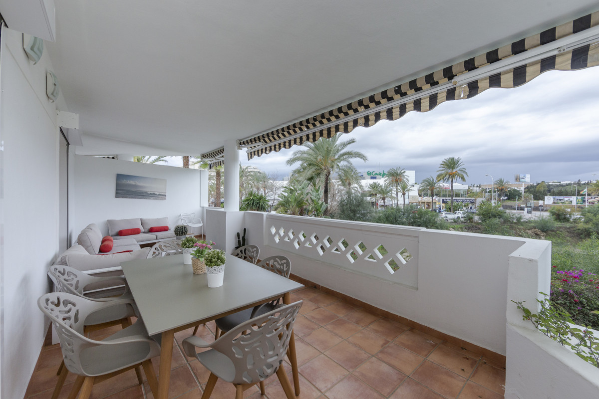 Apartment Middle Floor in Puerto Banús, Costa del Sol