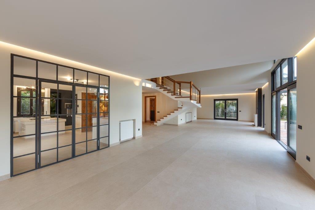 6 Dormitorio Independiente Villa En Venta Guadalmina Baja