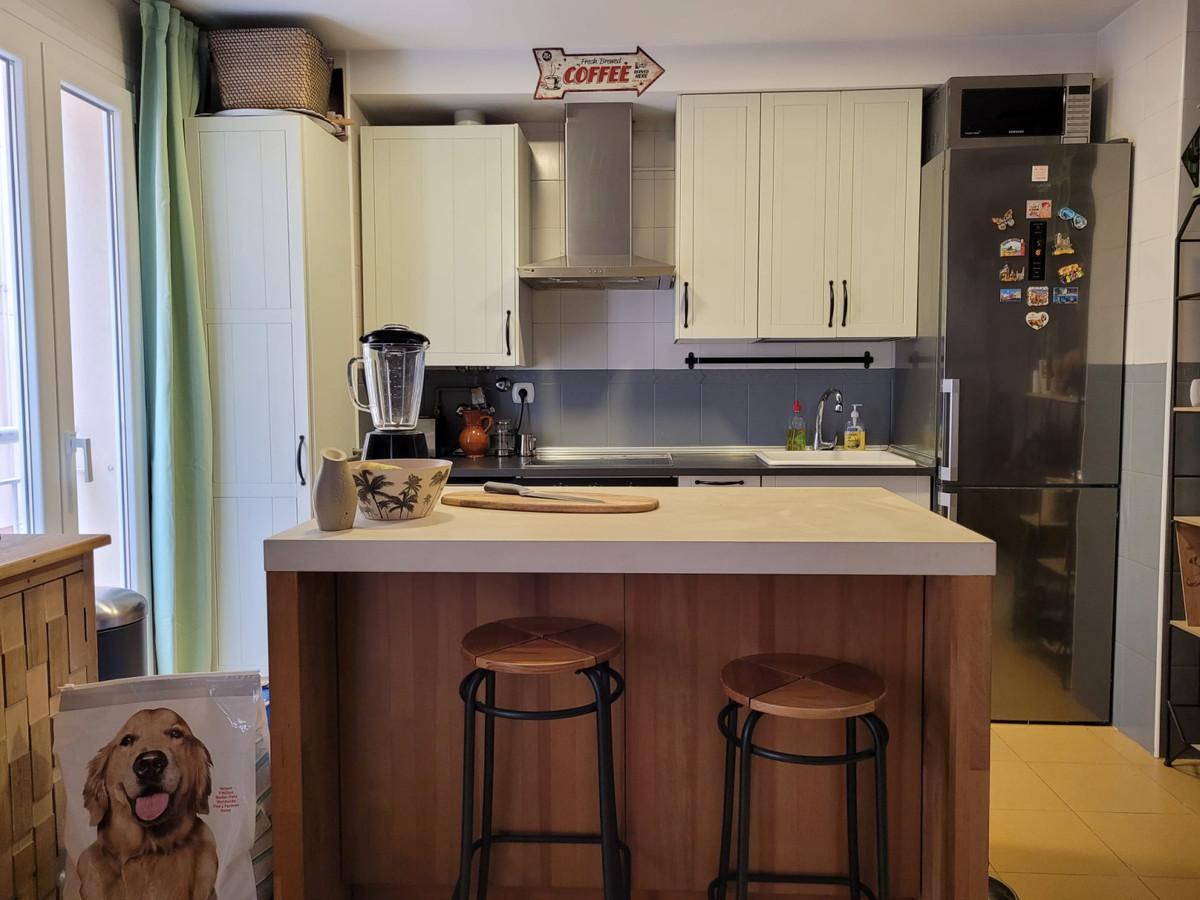 Middle Floor Apartment for sale in Málaga Centro R3778588