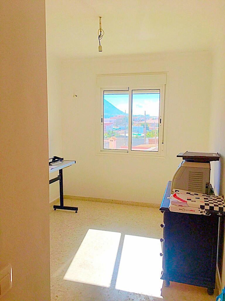 R3299833: Apartment for sale in La Línea
