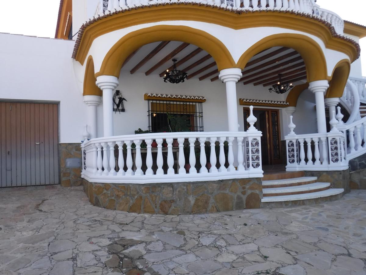 Ground floor apartament in Fuente camacho, Loja (Granada) . Very espacious and with very good qualit,Spain