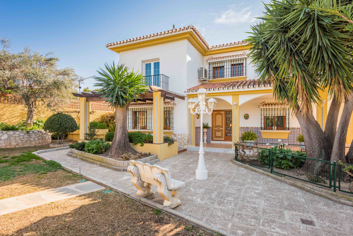 Detached Villa for sale in Puerto de la Torre