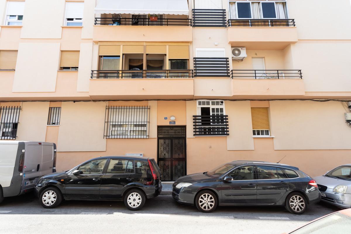 Apartment in Alhaurín de la Torre R3526348 1