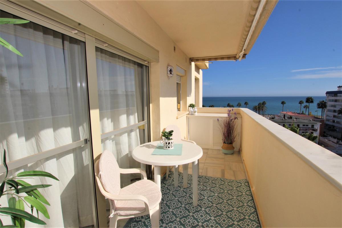 Top Floor Apartment for sale in Benalmadena Costa R3896518