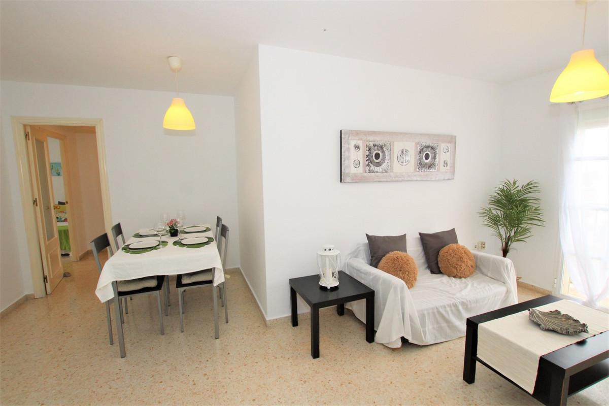 ARROYO DE LA MIEL!! Spacious 3 bedroom apartment in Arroyo de la Miel. 80 m2 built. Comprising entra,Spain