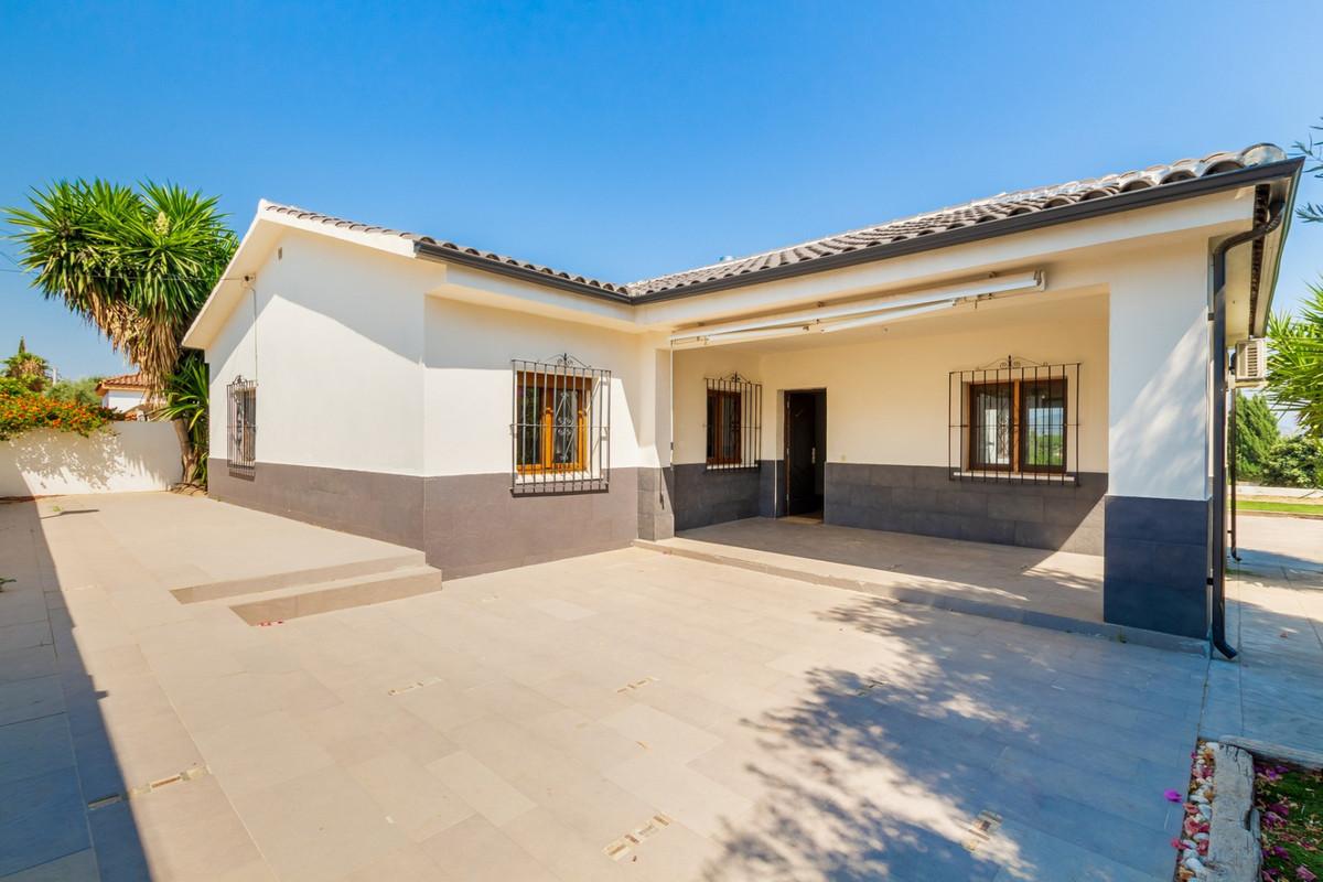 House in Alhaurín de la Torre R3875065 1