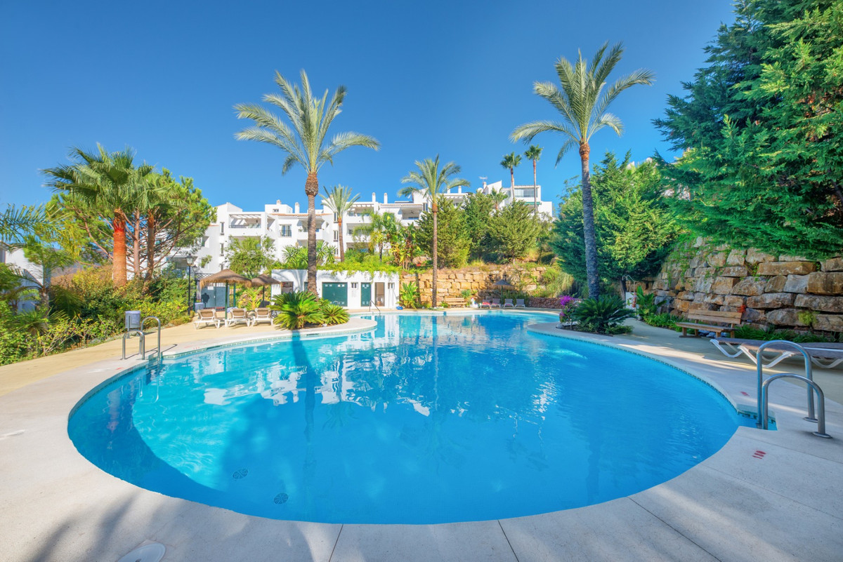 PRICE REDUCED from € 150,000 ---- OWNER WANTS TO SELL! This spacious 2 bedroom apartment is located ,Spain