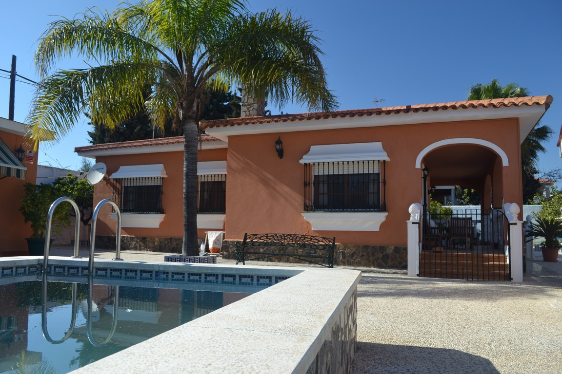 R2865020: Villa in Churriana