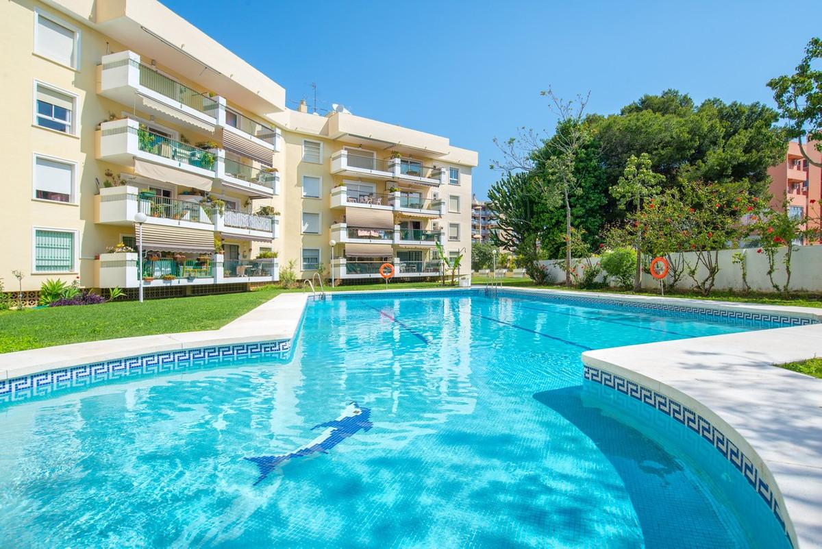 Lägenhet på mellanplan i Torremolinos Centro R3176428
