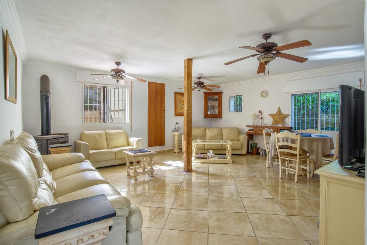 House in Alhaurín de la Torre R3188848 12