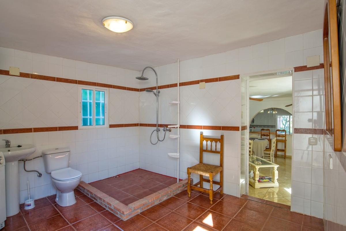 House in Alhaurín de la Torre R3188848 16