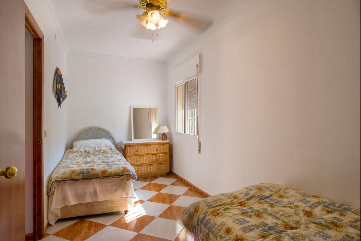 House in Alhaurín de la Torre R3188848 21