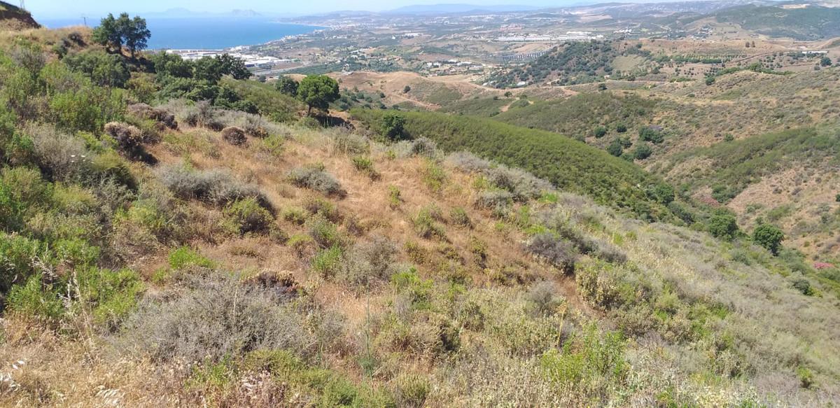 Land for sale in Estepona R3940129