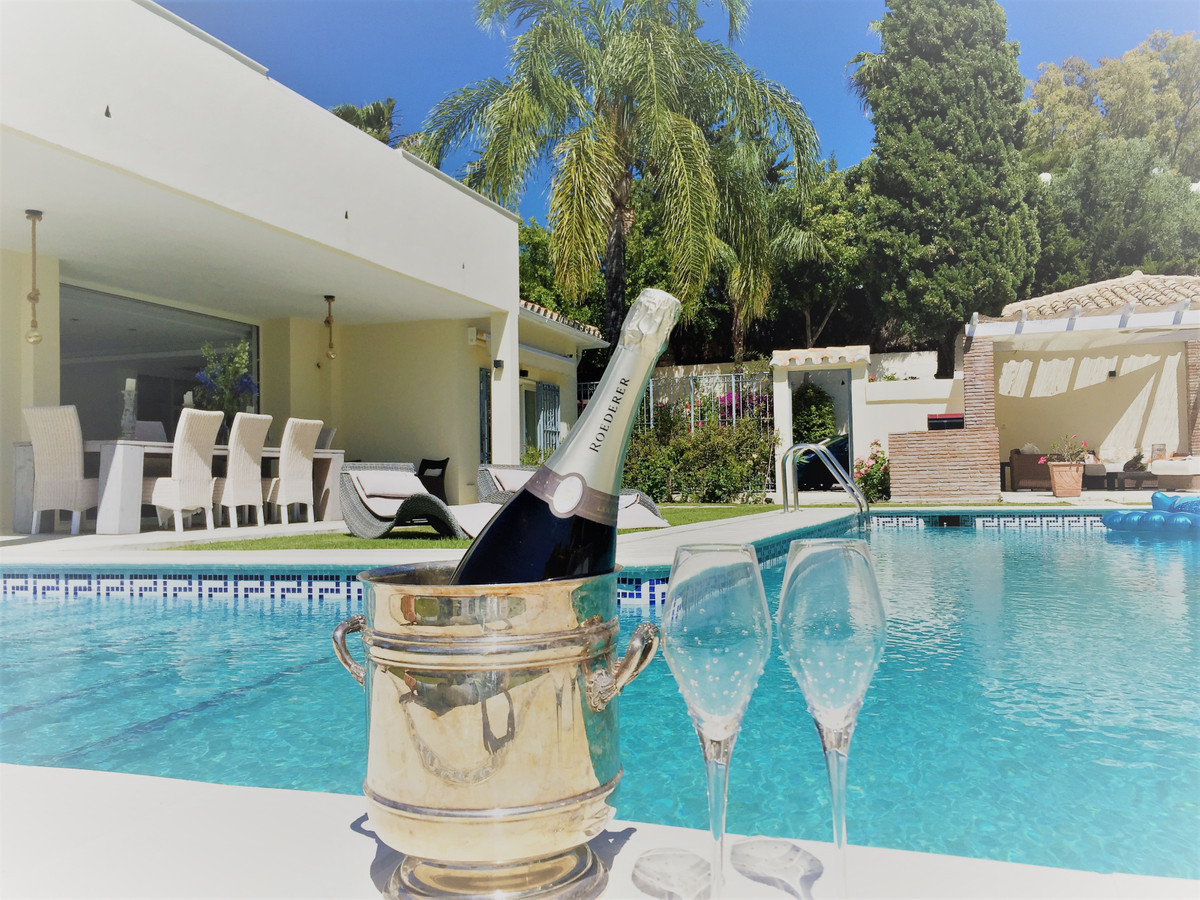 Villa zu verkaufen in El Paraiso R3552562