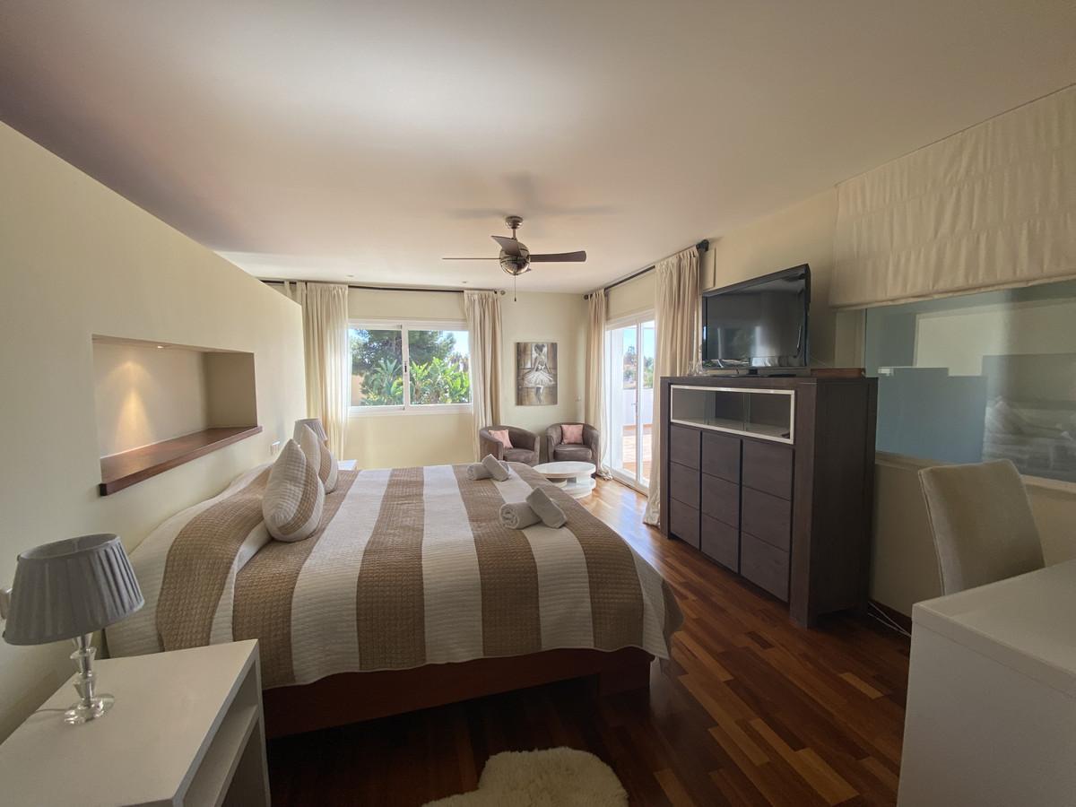 House in Atalaya R3033815 12