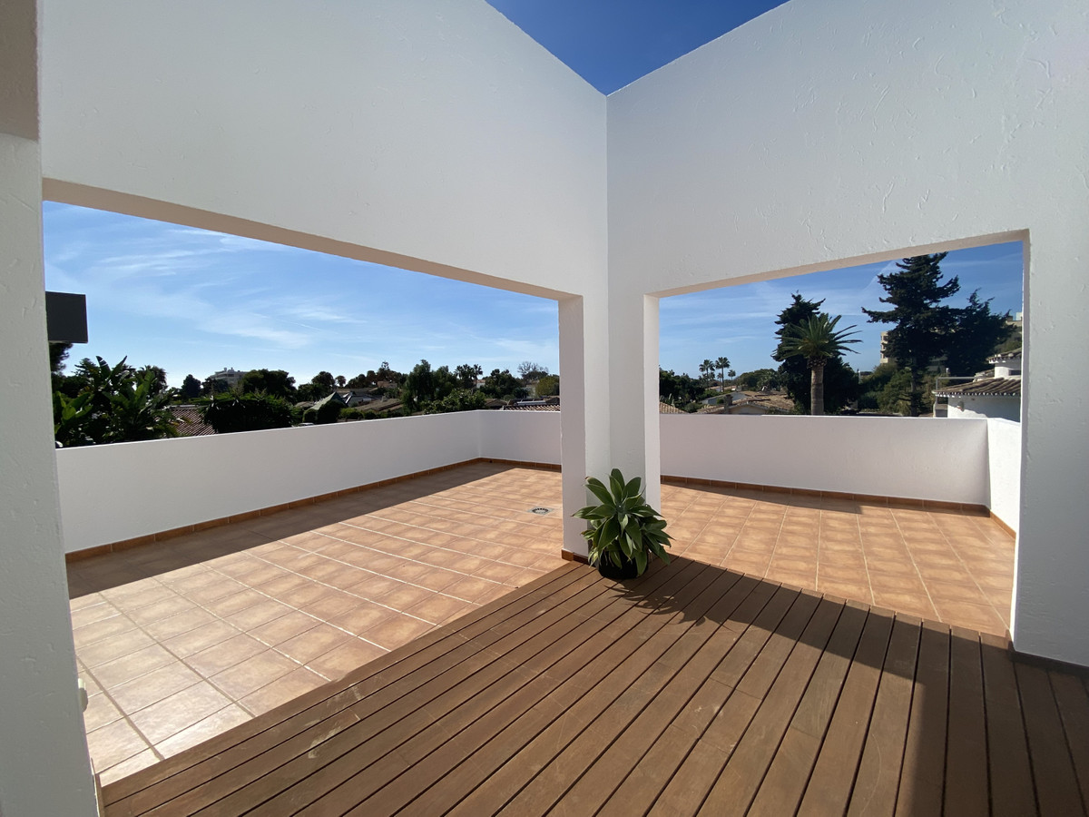 House in Atalaya R3033815 15