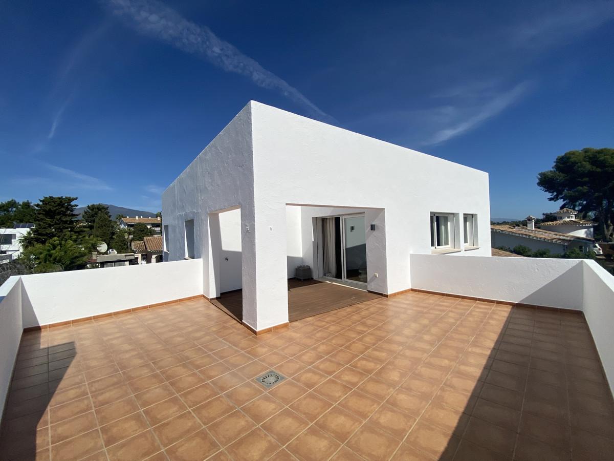 House in Atalaya R3033815 16