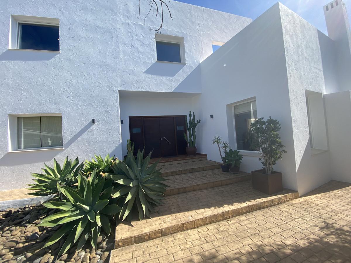 House in Atalaya R3033815 25