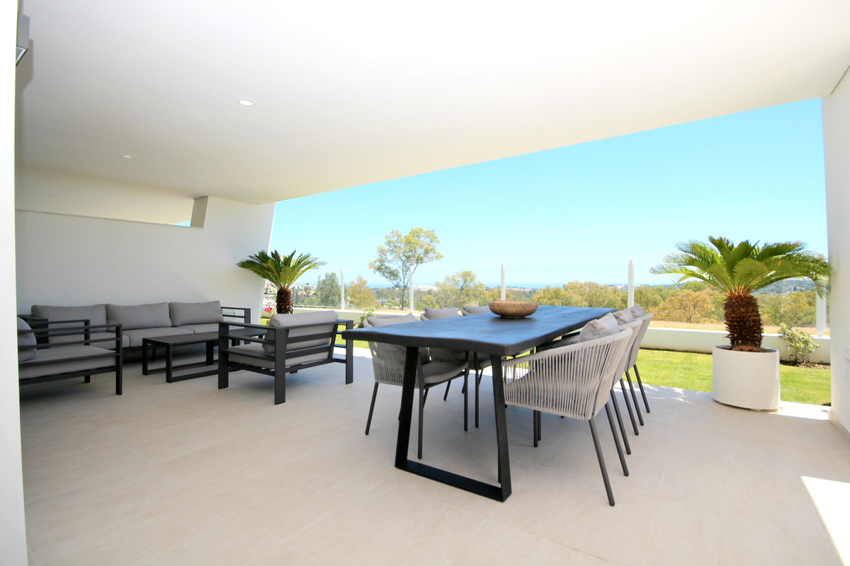 Ground Floor Apartment in Nueva Andalucía R3438172