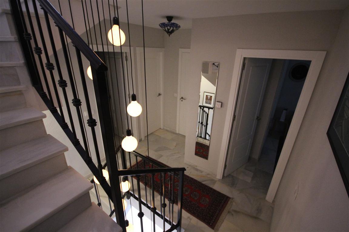 Unifamiliar con 4 Dormitorios en Venta Atalaya