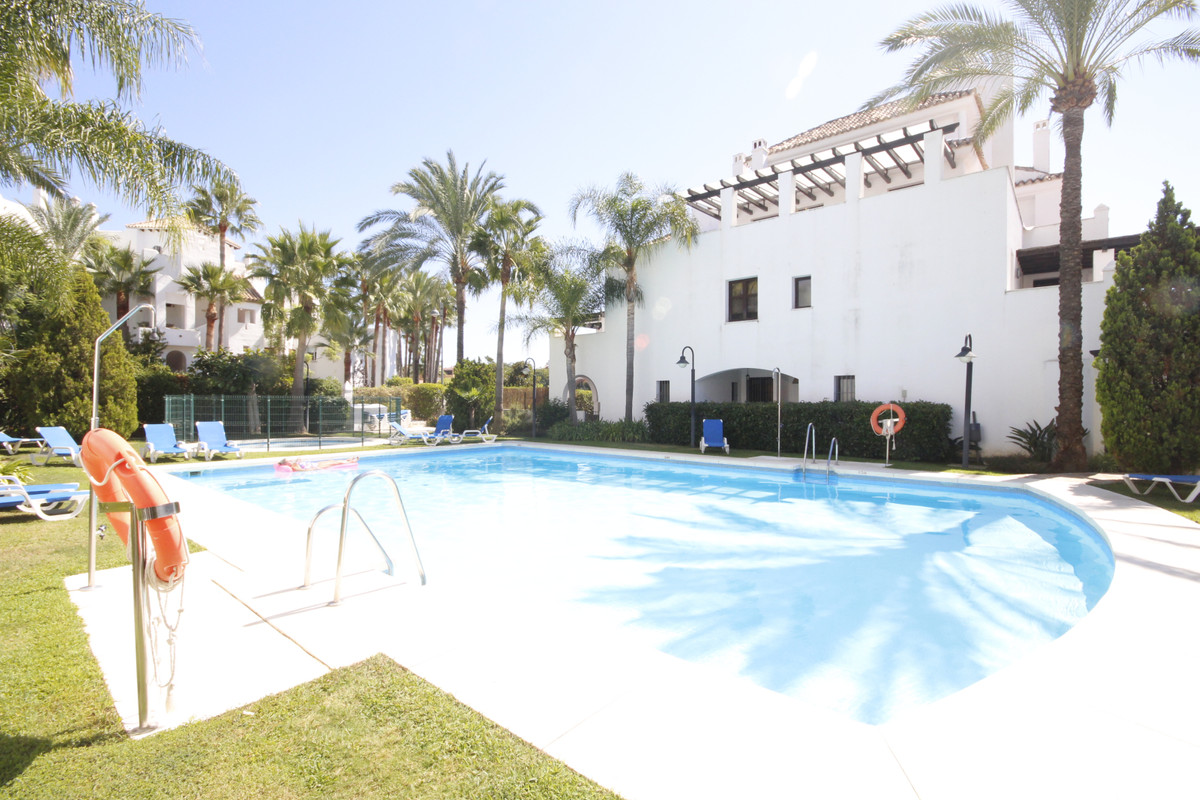 Penthouse, Puerto Banus, Costa del Sol. 3 Bedrooms, 3 Bathrooms, Built 180 m², Terrace 90 m².  Setti,Spain