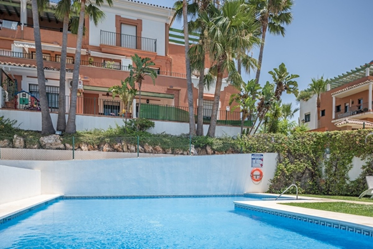 Splendid three bedroom, three bathroom  duplex penthouse in a gated complex with communal gardens an,Spain