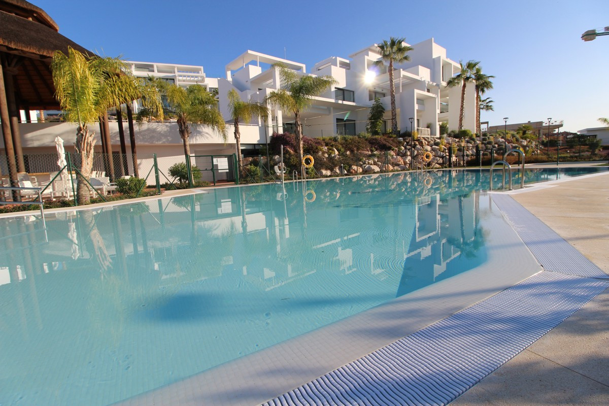 THE PROPERTY   FANTASTIC GROUND FLOOR APARTMENT OF NEW CONSTRUCTION. The apartment consists of 3 bed,Spain