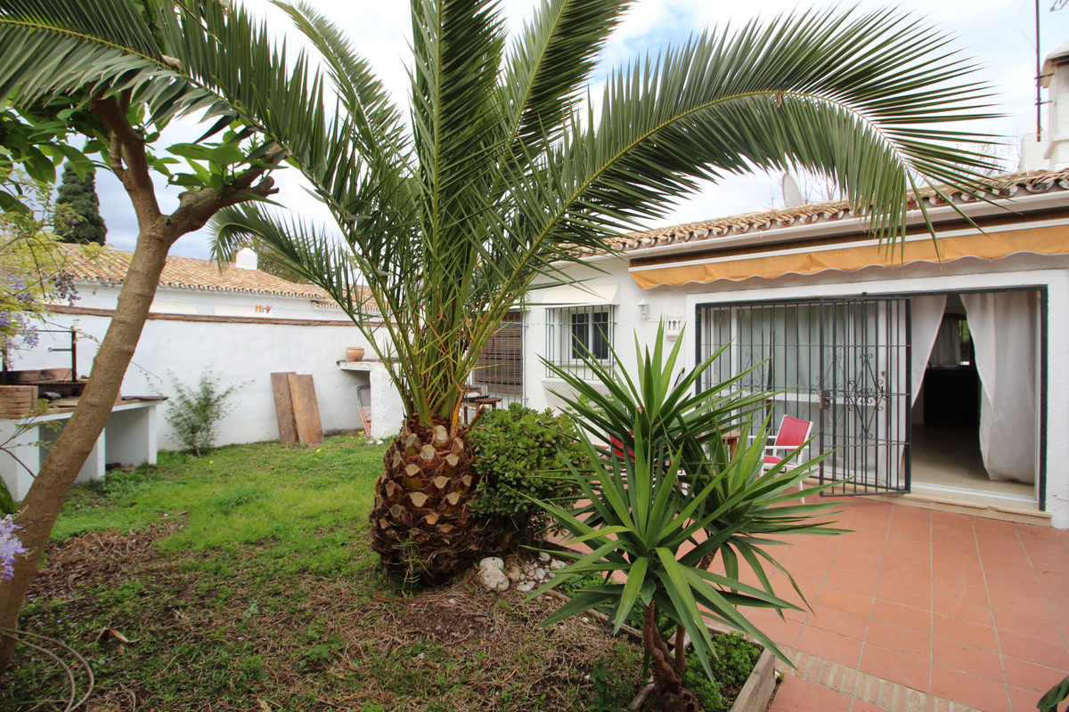 Villa 2 Dormitorios en Venta Estepona