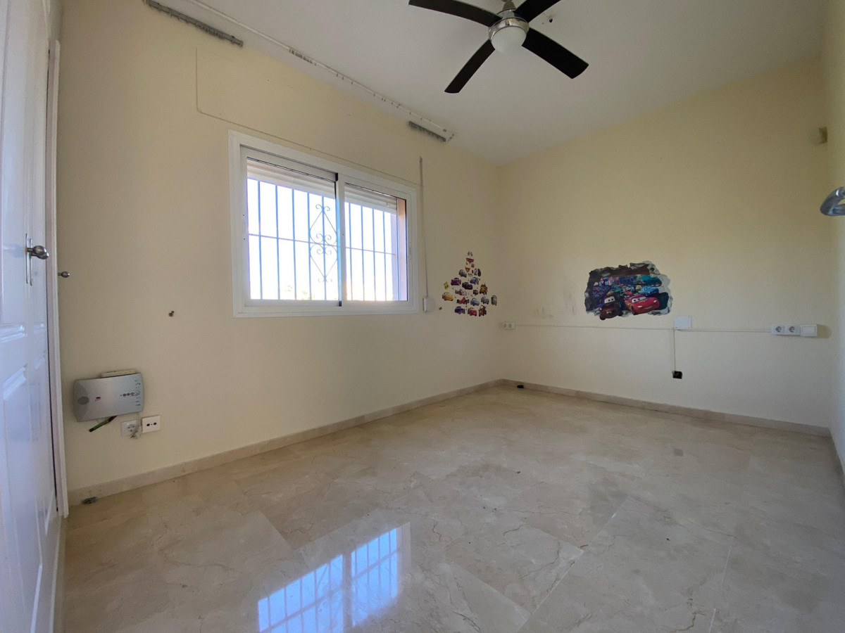Hus in Atalaya R2945381 10