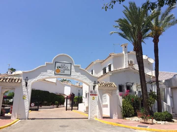Townhouse in Nueva Andalucía R3231259