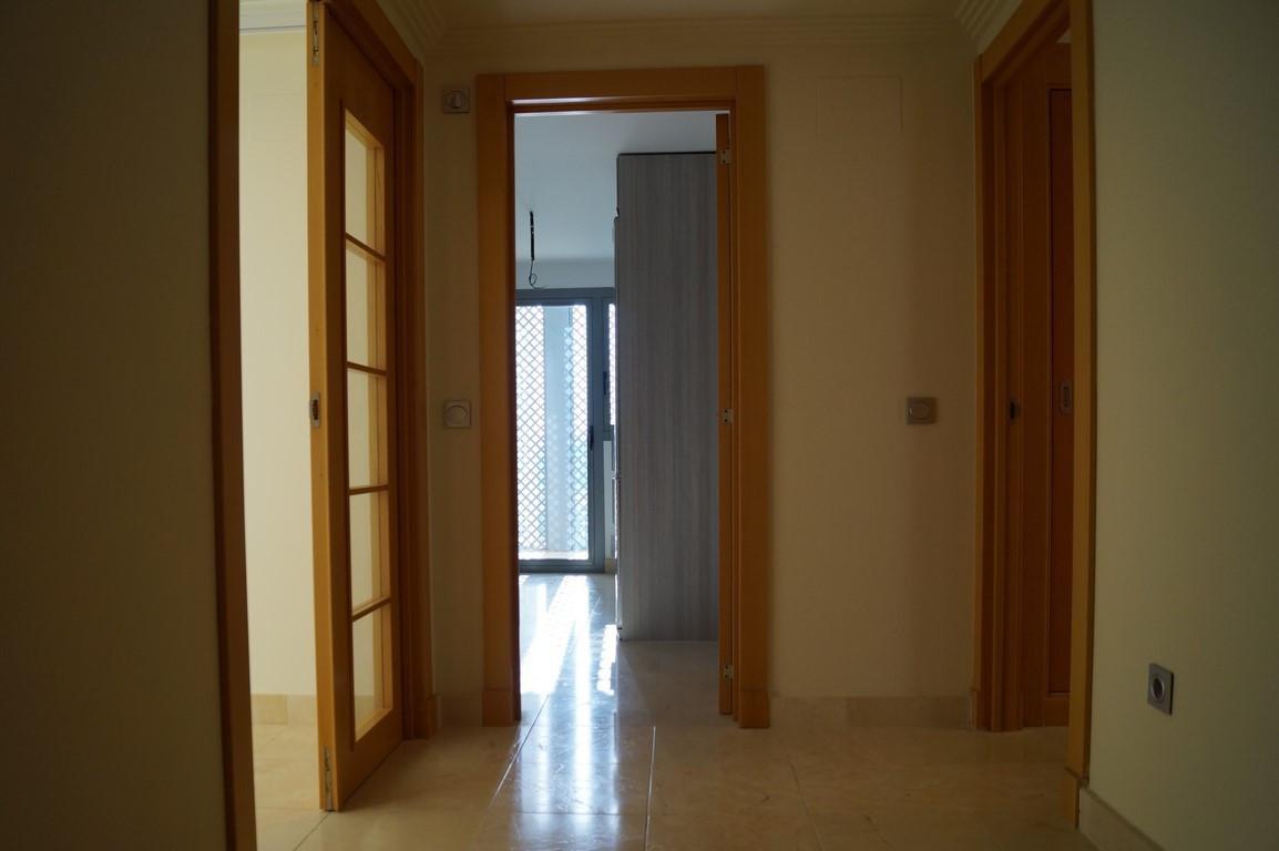 Middle Floor Apartment, Los Flamingos, Costa del Sol. 2 Bedrooms, 2 Bathrooms, Built 120 m², Terrace,Spain