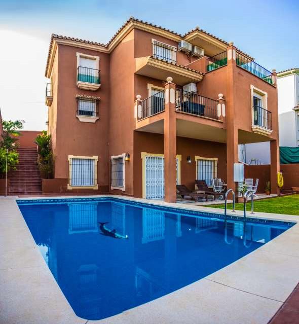 Detached Villa, San Pedro de Alcantara, Costa del Sol. 4 Bedrooms, 3 Bathrooms, Built 400 m², Terrac,Spain